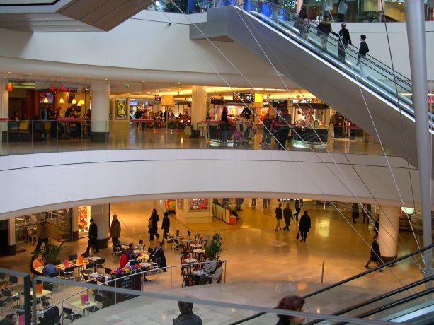 Centre commercial les quatre temps plusieurs tages la d fense en photo - Centre commercial des quatre temps ...