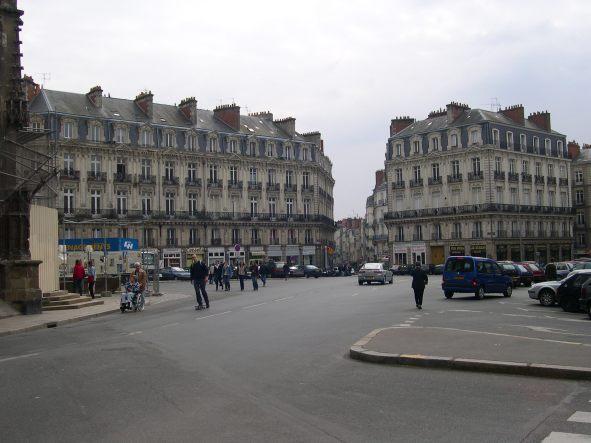 Place saint pierre nantes en photo - Place saint pierre paris ...
