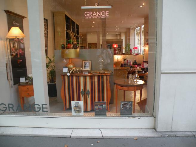 Photo de paris en 2009 grange meubles for Meubles grange