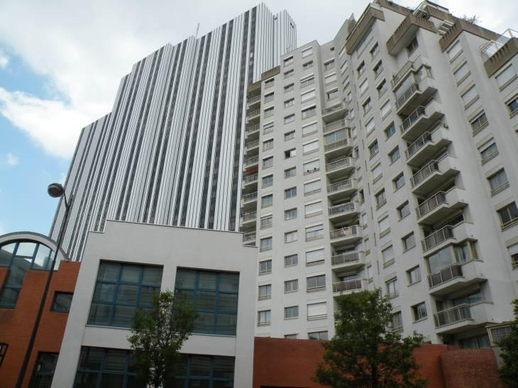 h 244 tel m 233 ridien montparnasse et immeuble d habitations en 2010 en photo