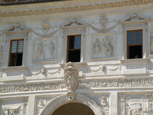 Photo de rome d tails de la fa ade c t jardins de la for Jardin villa medicis rome