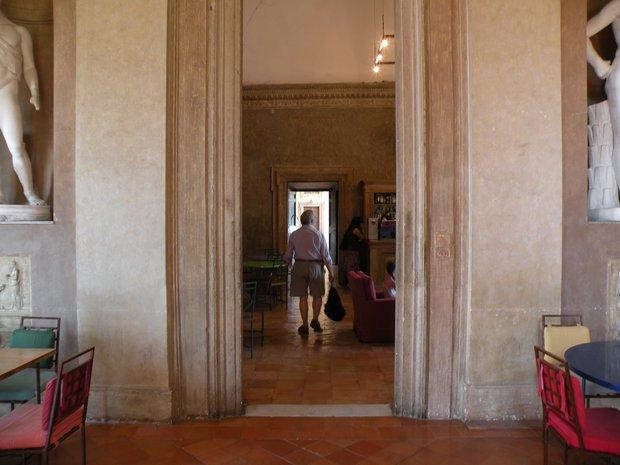 photo de rome int rieur de la villa m dicis. Black Bedroom Furniture Sets. Home Design Ideas
